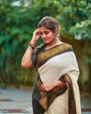 actress-remya-nambeesan-photoshoot-in-kerala-onam-saree-003