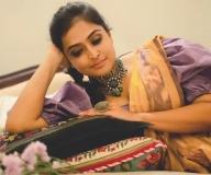 ramya-nambeesan-cute-saree-photos-004