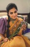 ramya-nambeesan-cute-saree-photos