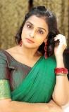 remya-nambeesan-latest-photos-in-saree-015