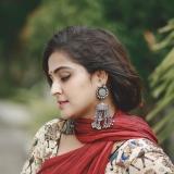 remya-nambeesan-photos-in-saree