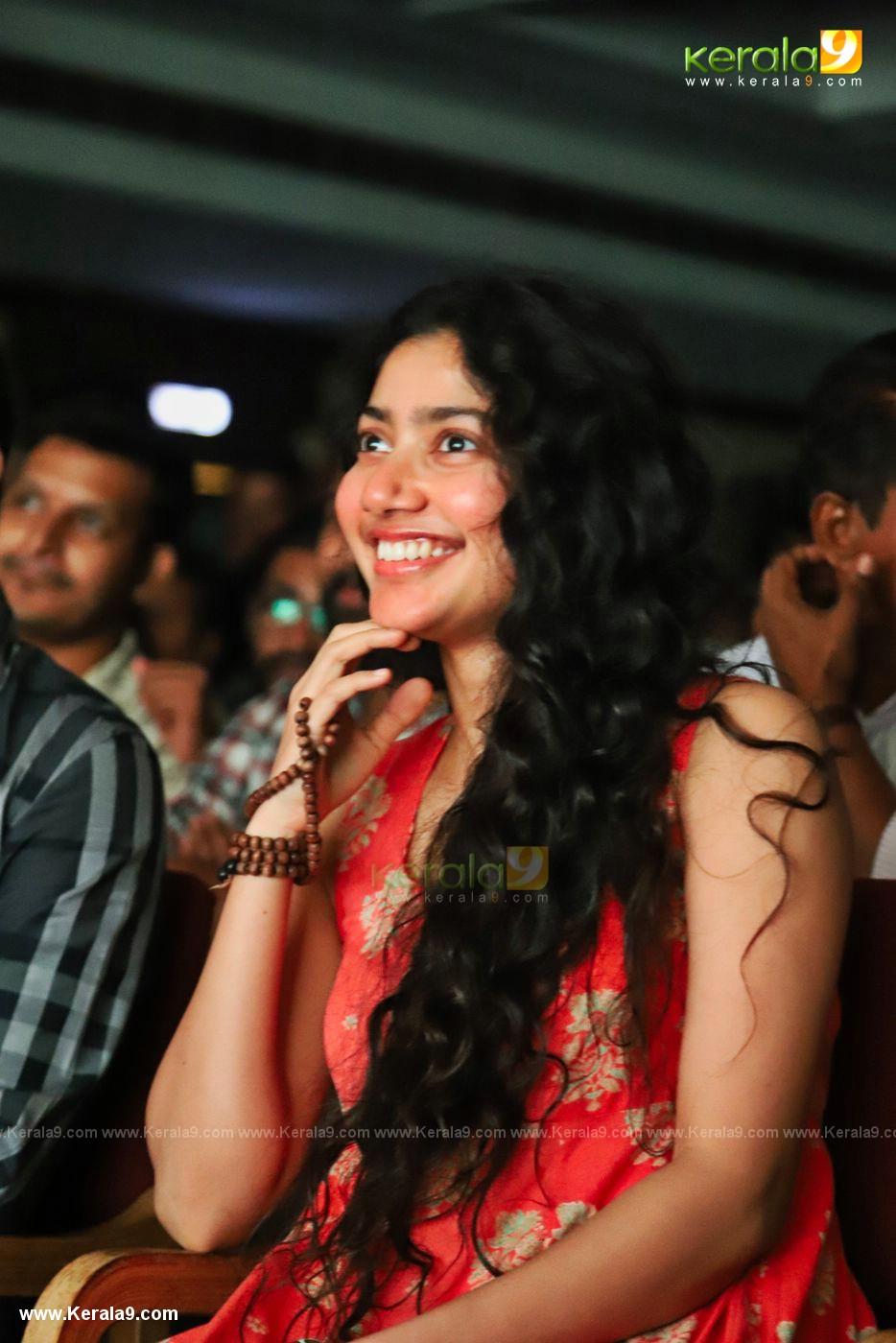 sai pallavi latest pics-008