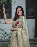 santhi-priya-advocate-new-photos-001