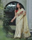 santhi-priya-advocate-new-photos