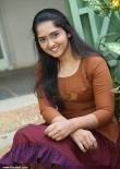 sanusha-santhosh-latest-stills-440-00172