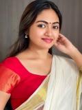 shalin-zoya-new-onam-photoshoot-in-kerala-saree-004