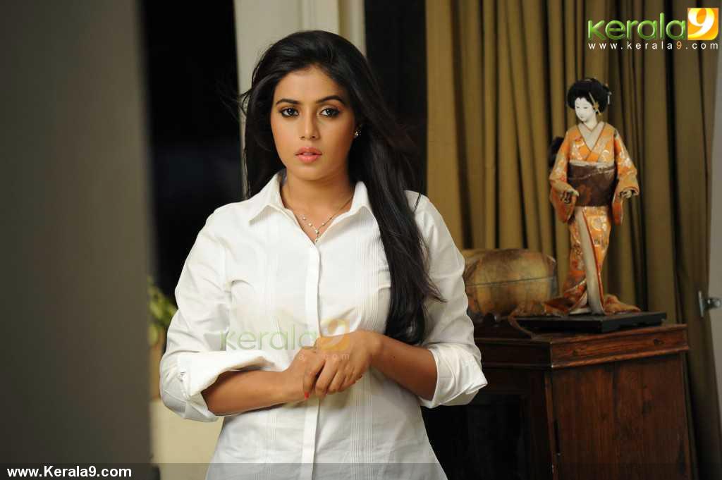 shamna-kasim-latest-pics93