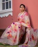 actress-poorna-new-photos-in-saree-002