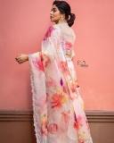 actress-poorna-new-photos-in-saree-003