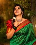 shamna-kasim-latest-photos-in-green-saree-001