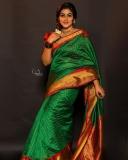 shamna-kasim-latest-photos-in-green-saree-002