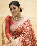 shamna-kasim-red-saree-photos-latest-002