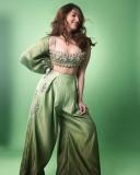 tamanna-bhatia-new-photoshoot-in-green-dress-02-001