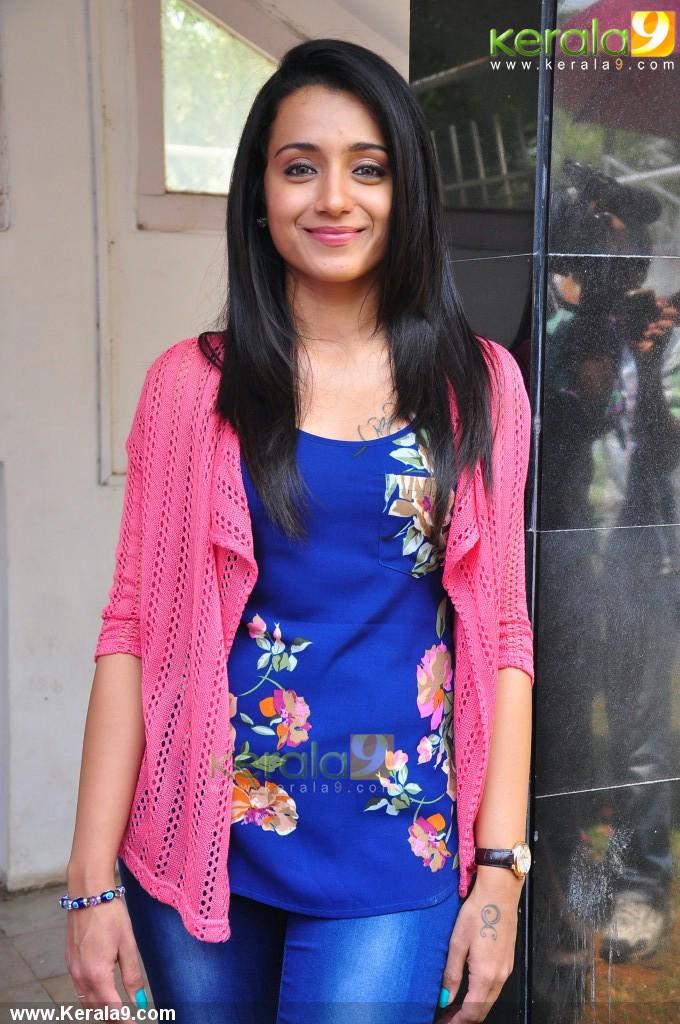 actress_trisha_krishnan_images-0104