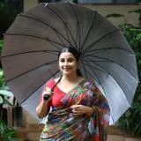 vidya-balan-new-saree-photos-01-005