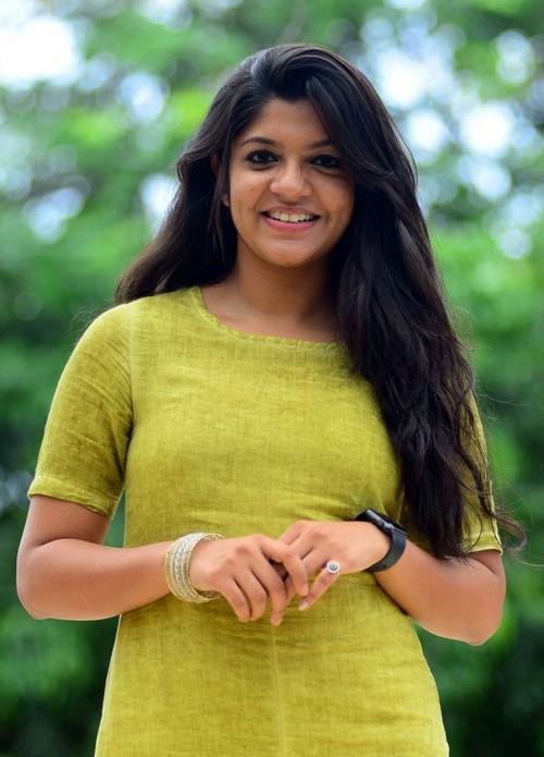 Aparna Balamurali - Kerala9.com