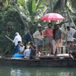 Sathyam Paranja Viswasikkuvo movie stills-2