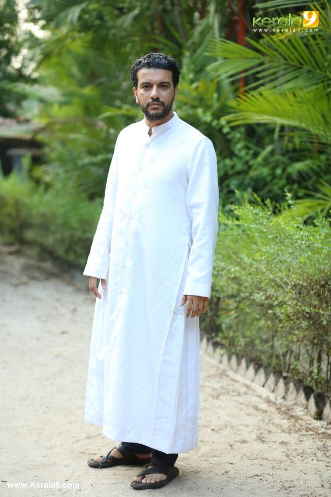 Grand Father Malayalam Movie Stills 4 - Kerala9.com