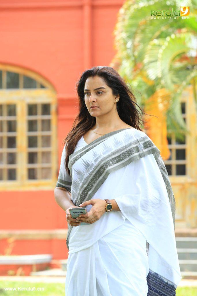 lucifer malayalam movie manju warrier stills - Kerala9.com