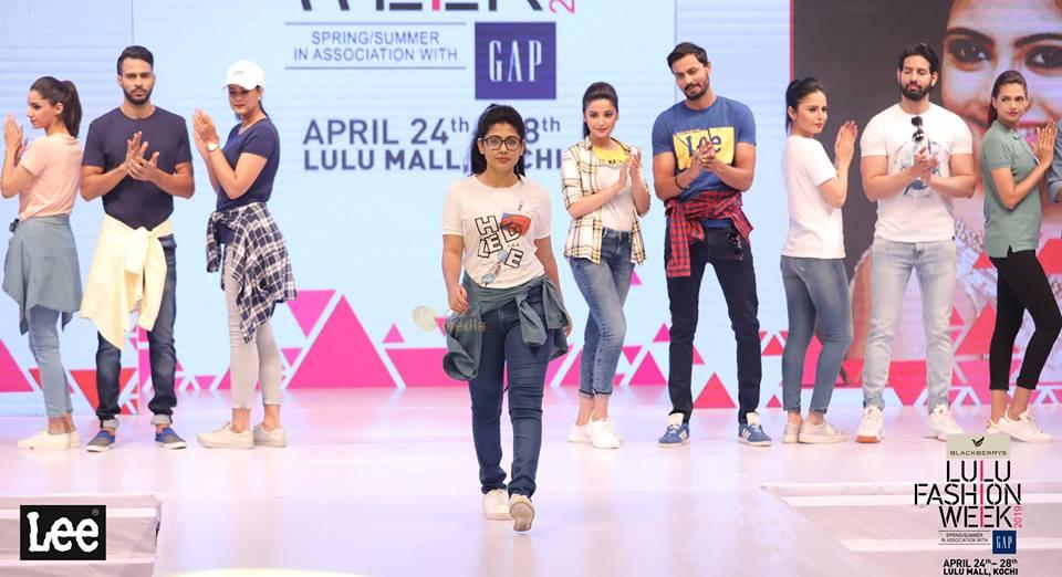 lulu fashion week 2019 models photos 001 - Kerala9.com