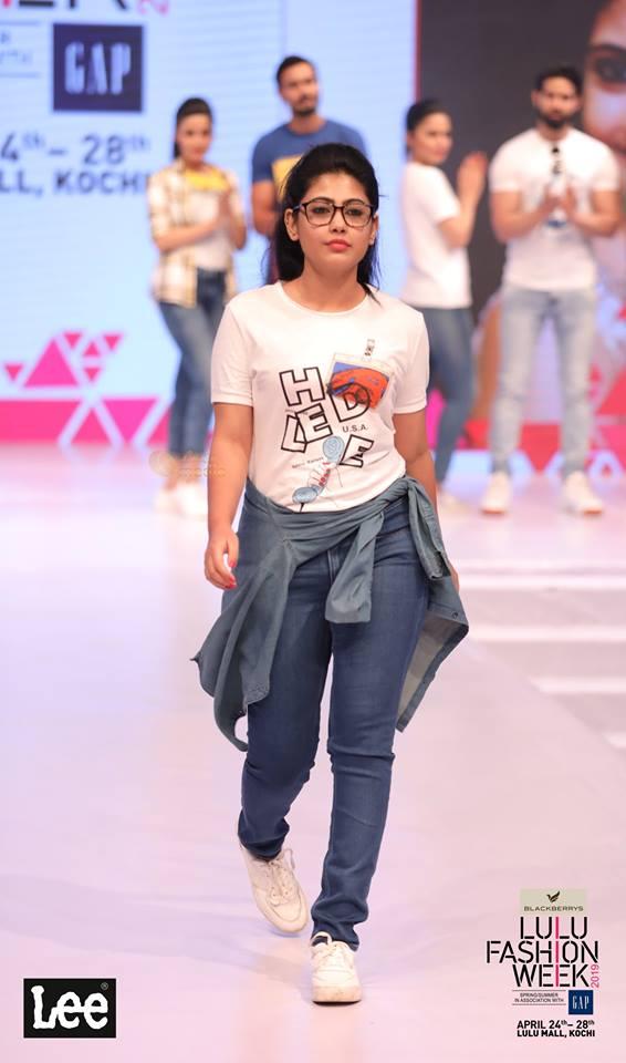 lulu fashion week 2019 models photos 002 - Kerala9.com
