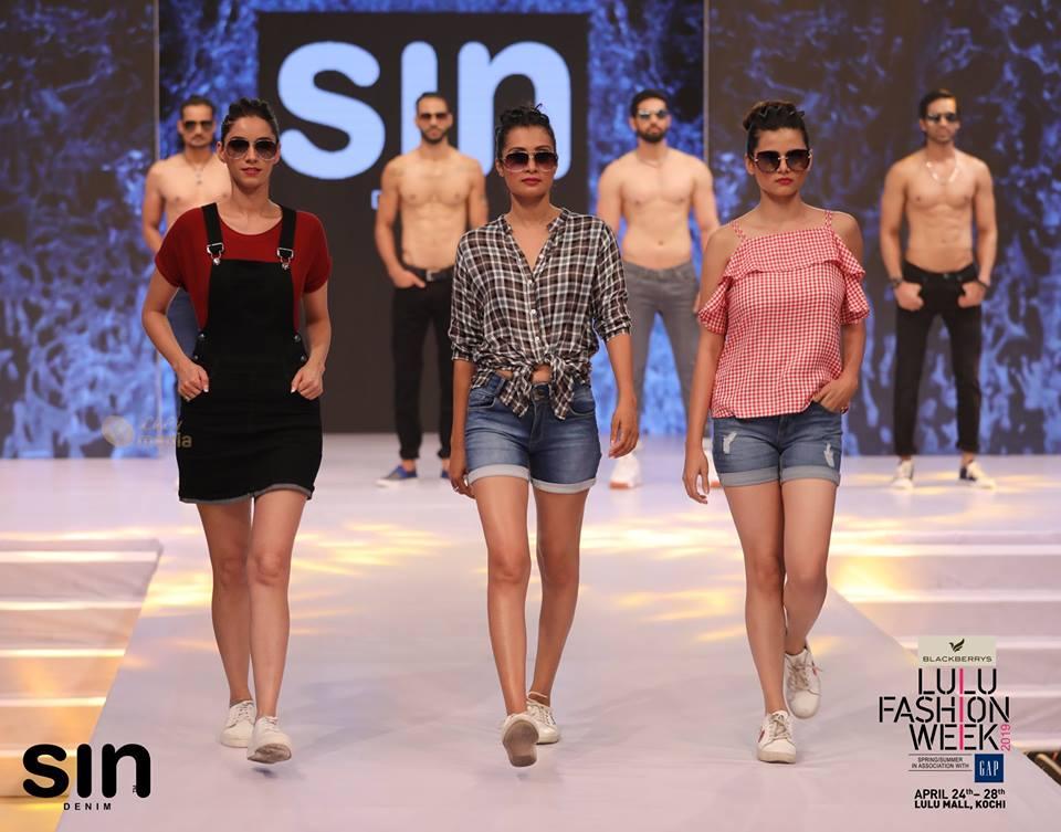 lulu fashion week 2019 models photos 016 - Kerala9.com