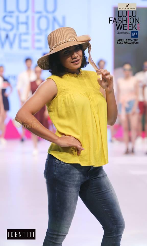 lulu fashion week 2019 photos 009 - Kerala9.com