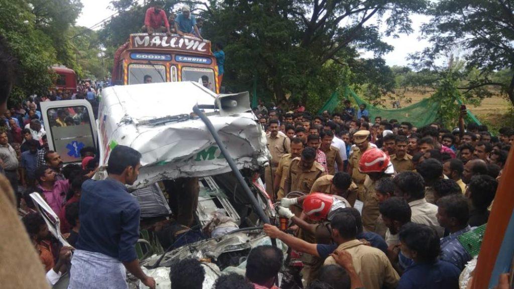 Palakkad road accident - Kerala9.com
