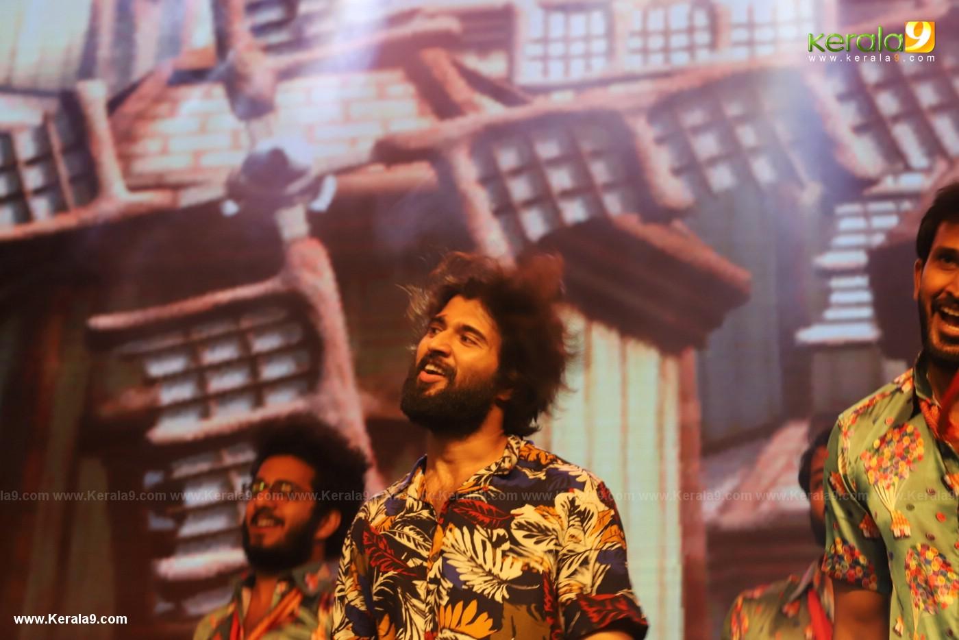 Dear Comrade movie premotion kerala kochi photos 064 - Kerala9.com