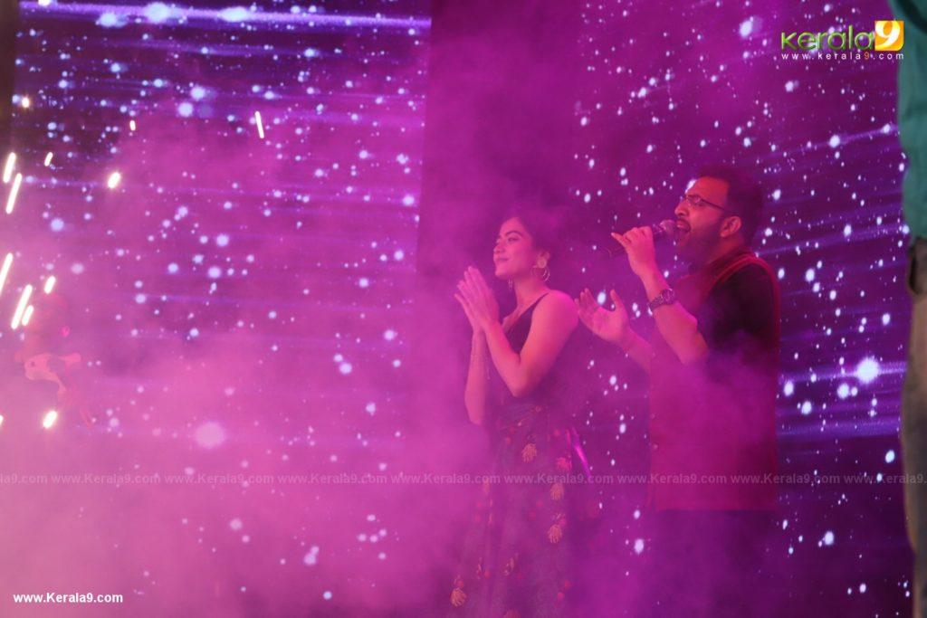 Dear Comrade movie premotion kerala kochi photos 076 1 - Kerala9.com