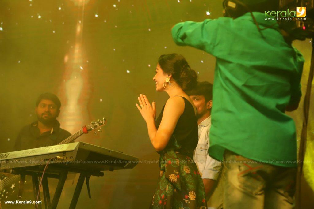 Dear Comrade movie premotion kerala kochi photos 089 - Kerala9.com