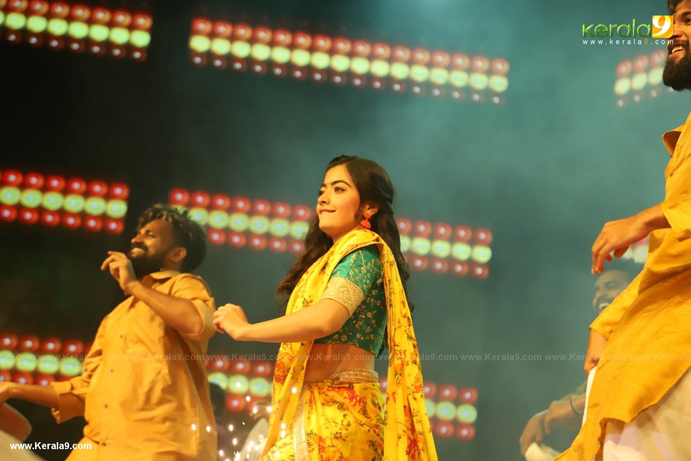 Dear Comrade movie premotion kerala kochi photos 159 - Kerala9.com