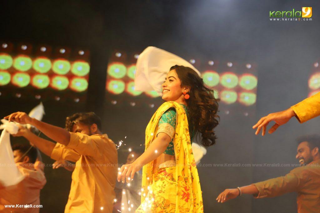 Dear Comrade movie premotion kerala kochi photos 162 - Kerala9.com