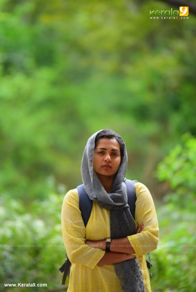 Parvathy Thiruvothu in varthamanam movie photos 002