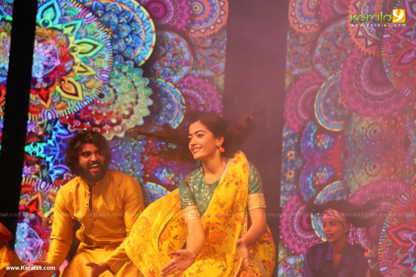 Rashmika dance at Dear Comrade movie premotion kerala kochi photos 126 1 - Kerala9.com