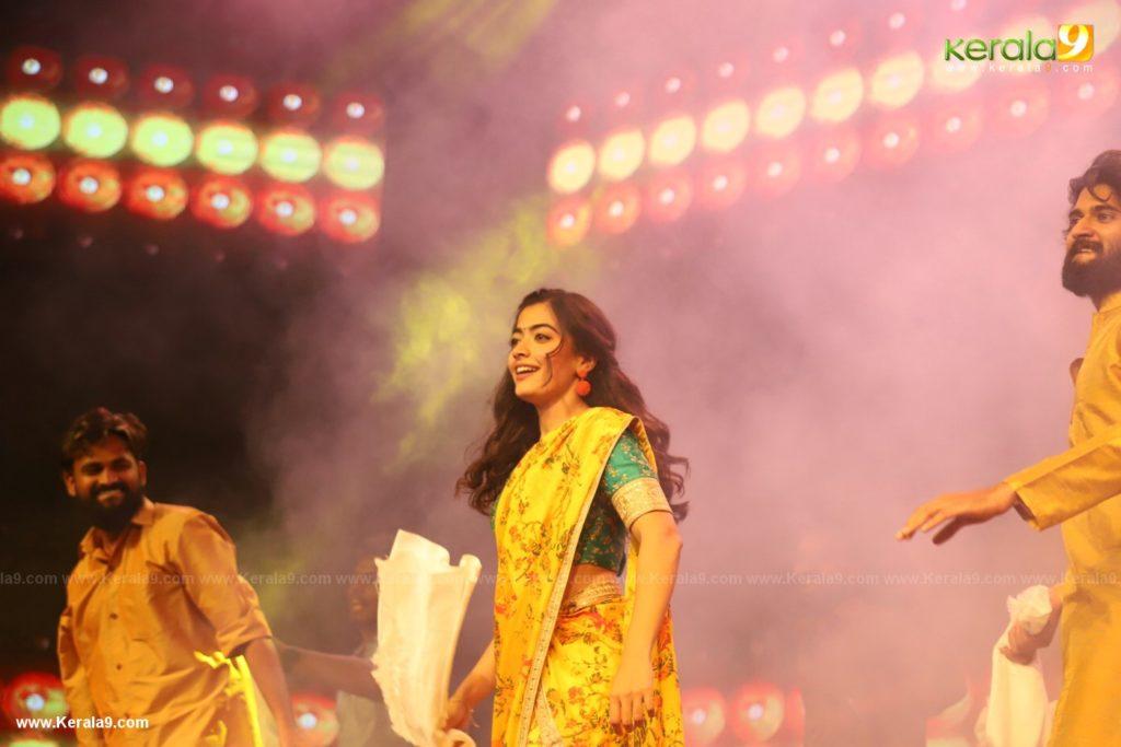 Rashmika dance at Dear Comrade movie premotion kerala kochi photos 128 - Kerala9.com
