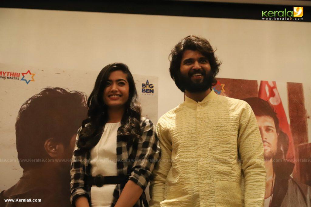 Vijay Devarakonda at Dear Comrade movie premotion kerala kochi photos 002 - Kerala9.com
