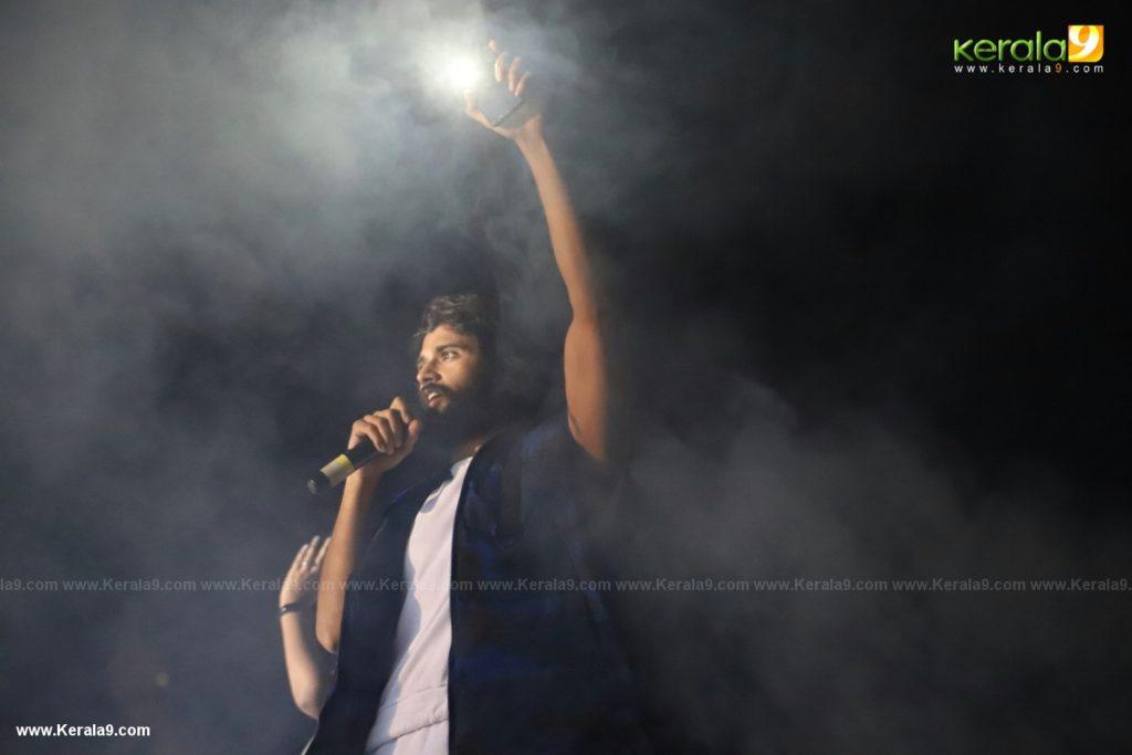 Vijay Devarakonda at Dear Comrade movie premotion kerala kochi photos 007 - Kerala9.com