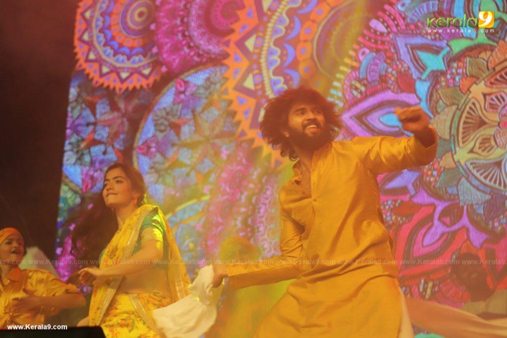 Vijay Devarakonda dance at Dear Comrade movie premotion kerala kochi photos 124 1 - Kerala9.com