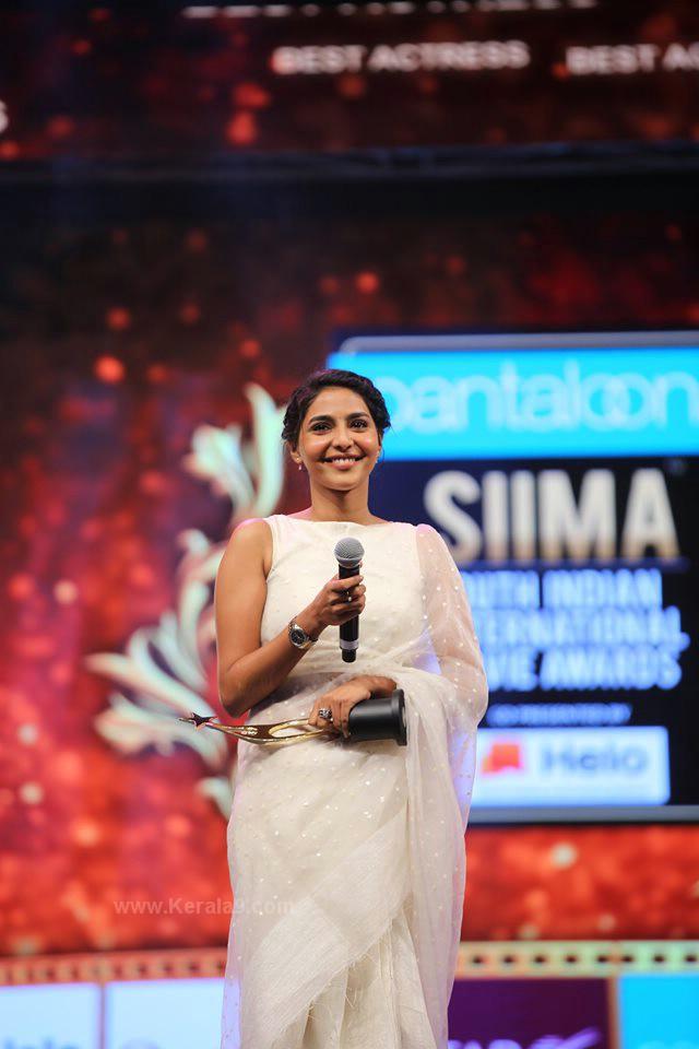 aishwarya lekshmi at siima awards 2019 photos 093