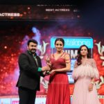 mohanlal and trisha at siima awards 2019 photos 100