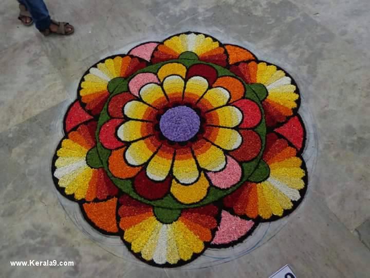 onam pookalam designs photos 0993 19