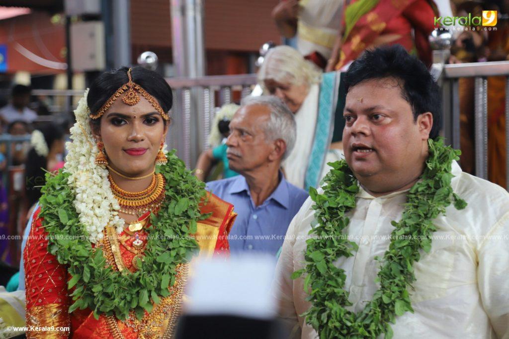 anoop chandran wife lakshmi photos 001