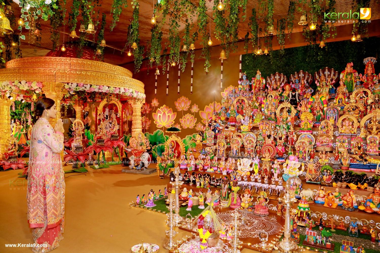 jayaram parvathy at Kalyan Navaratri Pooja 2019 Photos 004