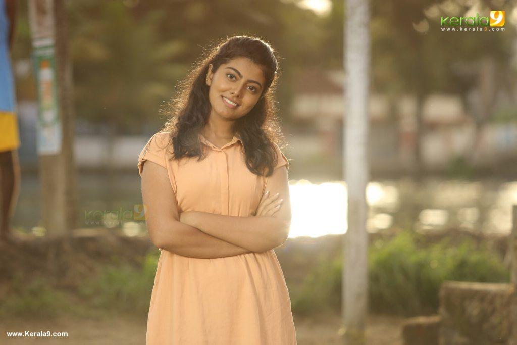 happy sardar actress movie stills 009