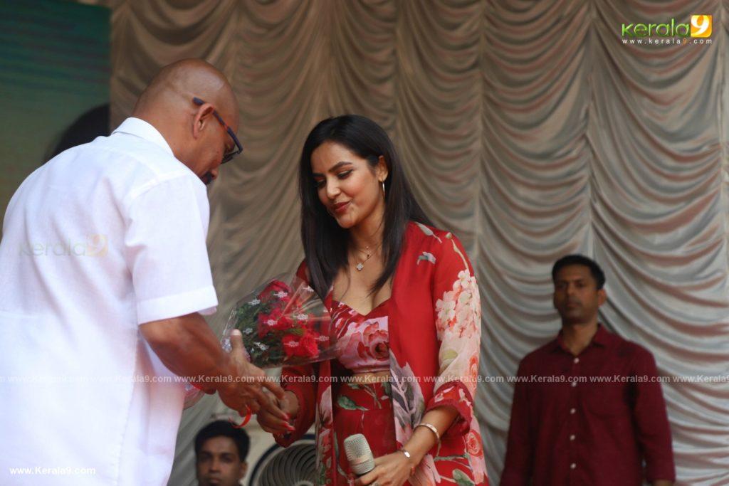 Vikram Son Dhruv at Womens College Thiruvananthapuram photos 001