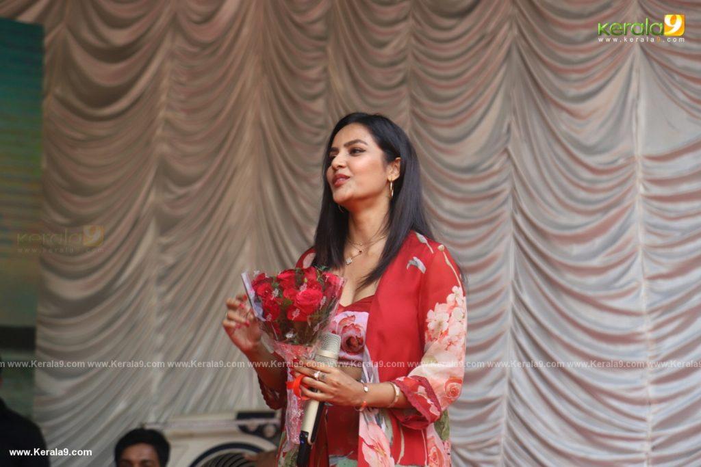 Vikram Son Dhruv at Womens College Thiruvananthapuram photos 004