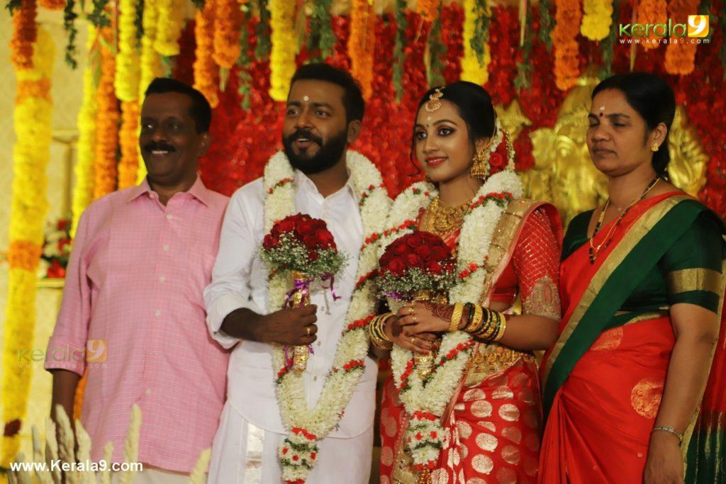 vishnu unnikrishnan marriage photos 128