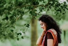 malavika menon new saree photos 001