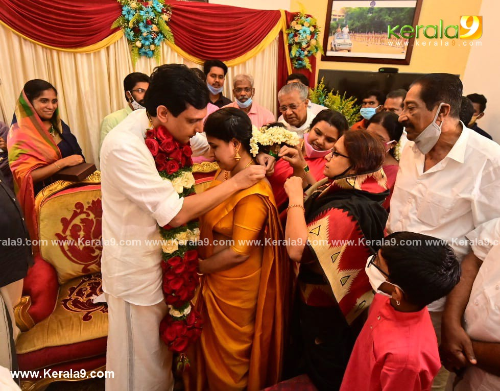 pinarayi vijayan daughter wedding photos